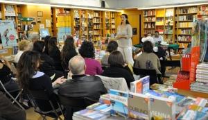 presentazioni libri elisabetta, gli ashram e il drago celeste, 2013, libreria nuova europa, centro commerciale i granai, roma 1